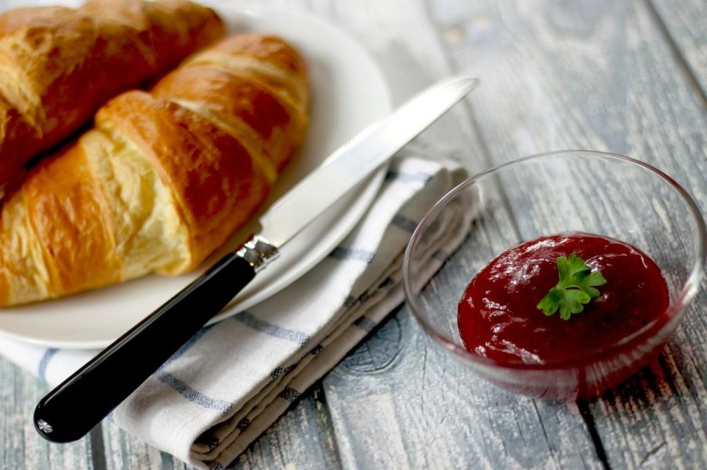 croissants-569075_1280