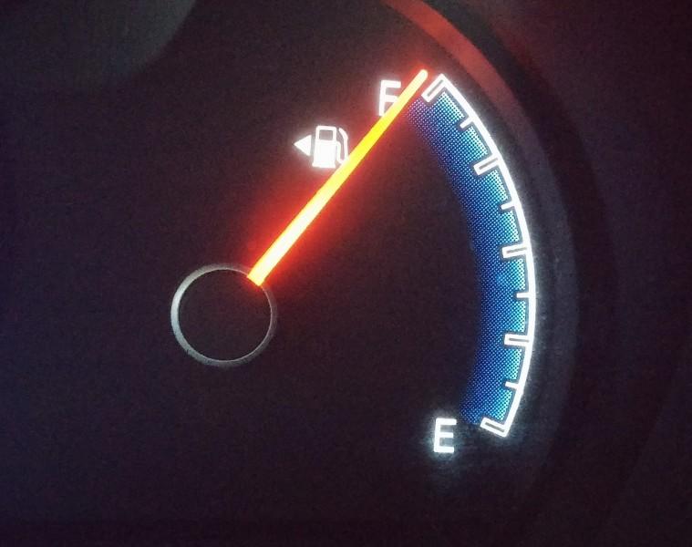 fuel-gauge-408333_1280