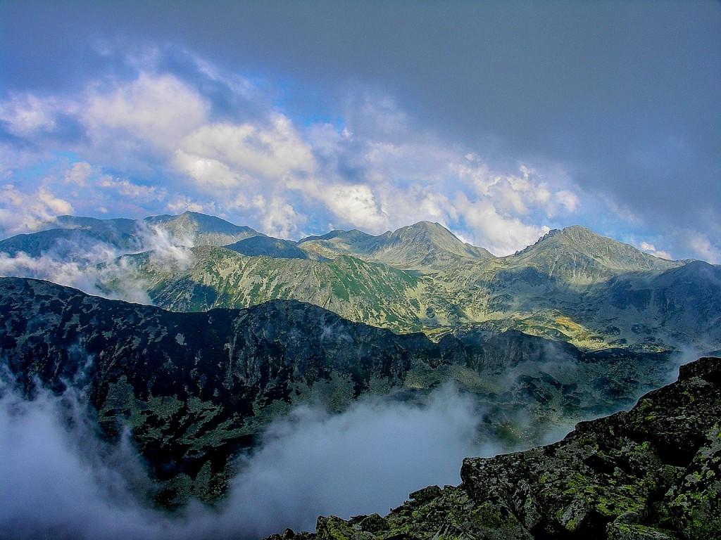 mountain-416119_1280