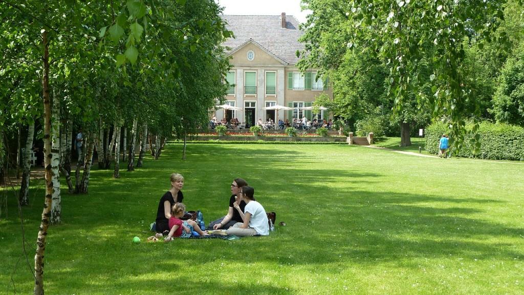 picnic-548666_1280