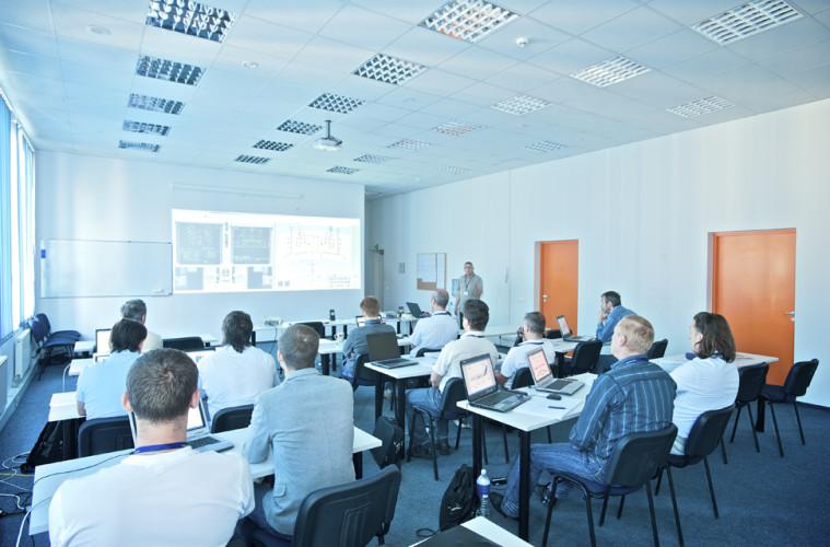FL_Technics_Training_-_Inside_the_class