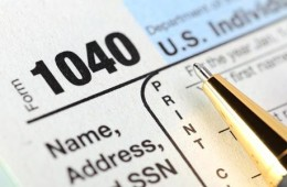 form-1040-close-up-on-name-address-ssn_573x300